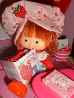 strawberry reads strawberry | SO MUCH CUTES!