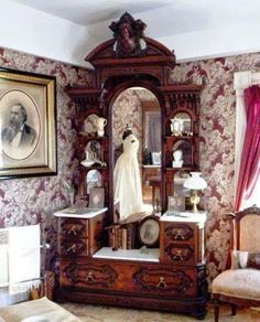 victorian furniture Writing Straight From The Heart: Victorian Bedroom Suite Upstairs at the Bryant House Restaurant in Vermont Victorian Rooms, Victorian Home Decor, Victorian Interiors, Victorian Furniture, Vintage Furniture, Home Furniture, Furniture Design, Online Furniture, Furniture Sketches
