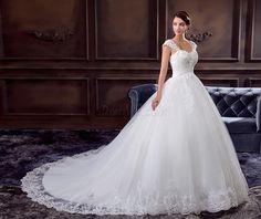 Dresswe.comサプライ品グラマラスチャペルの列車Aラインウェディングドレス アップリケ スウィートハート 床長 ウェディングドレス2014