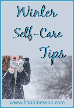 Most people experience feelings of sadness or unhappiness during the dark and cold winter days. Here are 10 self-care tips to be happy during the winter. How To Become Happy, Tips To Be Happy, Are You Happy, Self Healing Quotes, Essential Oils For Anxiety, Self Empowerment, A Day In Life, Ways To Relax