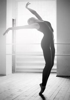 dance by LIKA KALANDADZE, via 500px.