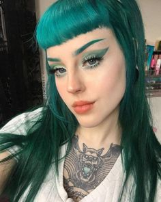 Sailor Neptune vibes from @norelle.k - Use our Neptune Pack + Magic Oracle to create the pefect teal melt #lunartides #tealhair #ceruleansea Teal Hair Dye, Dark Teal Hair, Dyed Hair, Sailor Neptune, Cerulean, Dark Hair, Coloured Hair, Colored Hair