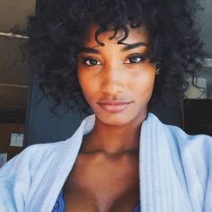 Meet your new beauty (AND fitness) inspiration: Melodie Monrose Melodie Monrose, Curly Hair Styles, Natural Hair Styles, Beauty Makeup, Hair Beauty, Hair Starting, Pure Beauty, Black Beauty, Unique Hairstyles