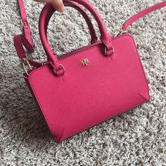 tory burch Bag, ID : 54436(FORSALE:a@yybags.com), trendy backpacks, designer handbags, wallet shop, gold handbags, purses and wallets, leather messenger bag, backpack store, messenger backpack, designer handbags, rolling backpacks, bags online, small wallets for women, womens backpack, backpacks for hiking, handbag purse #toryburchBag #toryburch #attache #briefcase