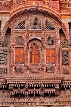 A stunning jharokha antique brick red window at Mehrangarh Fort Jodhpur Rajasthan Indian Temple Architecture, Mughal Architecture, Landscape Architecture Drawing, Ancient Architecture, Beautiful Architecture, Art And Architecture, Architecture Portfolio, Futuristic Architecture, Landscape Design