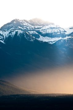 methexys:  banff (by mav_at)