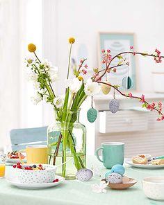 Einladung zum Osterbrunch: Geschirr und Tischdeko - bei Tchibo