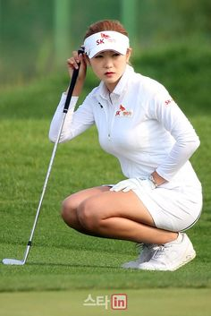 Incredible Stylish Women's Golf Clothing Ideas. Ravishing Stylish Women's Golf Clothing Ideas. Girl Golf Outfit, Cute Golf Outfit, Nike Womens Golf, Womens Golf Shoes, Girls Golf, Ladies Golf, Sexy Hot Girls, Cute Girls, Sexy Golf