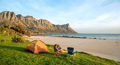 We trawled South Africa's coastline to find the country's greatest beach cottages. Here are our 10 best beach cottages in South Africa. South African Bobotie Recipe, South African Recipes, Africa Recipes, Pear And Blue Cheese Salad, Bus City, History Of Earth, Farm Stay, Vietnam Travel, Beach Cottages