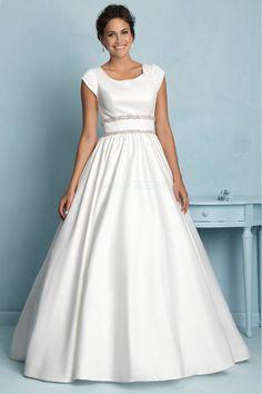 [155.99€] Robe de mariée classe princesse mancheron avec perles