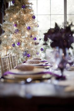 We're only two days out from Christmas, ladies + gents!! Who's excited?! The SW office, that's who! To tide us over until the 25th, we bring you this delightful slice of wedding inspiration. A collaboration between LMG Events and Chudleigh Photography, this shoot is as sweet as a sugarplum. Clean + crisp paper products from …