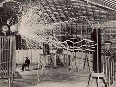 Nikola Tesla, el hombre que inventó el siglo XX
