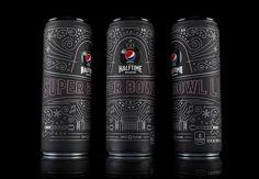 As lindas latinhas de Pepsi em preto fosco para o Super Bowl