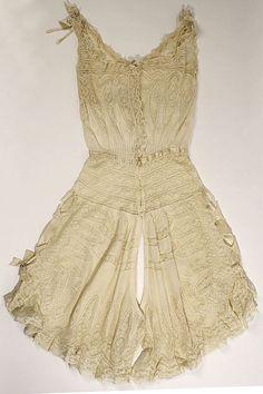 Combination, early 20th century, linen, cotton, silk. Metropolitan Museum, New York.