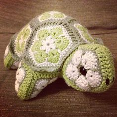 Darwin the African Flower Tortoise Crochet Pattern by CuteAsHook