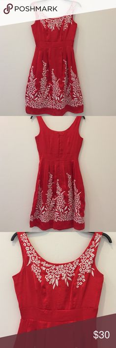 """Antonio Melani red and white floral dress, size 0 Adorable floral dress by Antonio Melani, size 0. Fully lined, material has a silky feel with embroidered flower pattern. Length of the dress is 37"""". No stains or holes. ANTONIO MELANI Dresses Mini"""