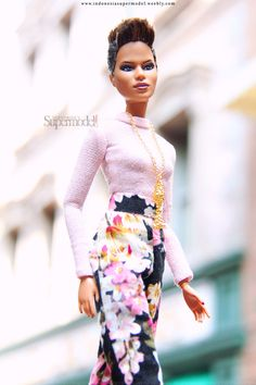 Halle Berry barbie Doll