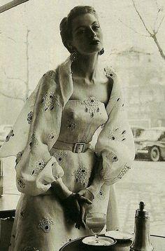 Capucine - 1953 - @~ Mlle