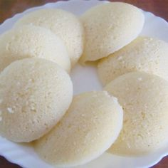 Cook Sooji/rava Idli in the comfort of your home with BetterButter. Tap to view the recipe! Rava Idli Recipe, Appam Recipe, Dosa Recipe, Indian Dessert Recipes, Indian Snacks, Indian Recipes, Gourmet Recipes, Snack Recipes, Cooking Recipes