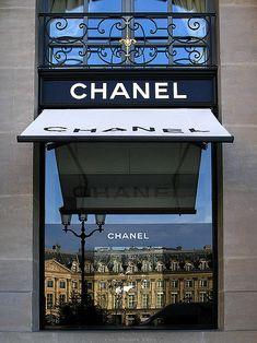 Boutique Chanel Joaillerie, 18, place Vendôme, Paris.