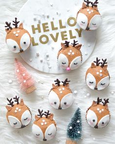 Ruldolf gingerbread cupcakes by joanne (@burberriejam)