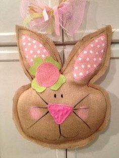 Cute Burlap Door Hanger Bunny Easter by SimplyShabbyByBella Burlap Projects, Burlap Crafts, Bunny Crafts, Easter Crafts, Easter Decor, Hoppy Easter, Easter Bunny, Spring Crafts, Holiday Crafts
