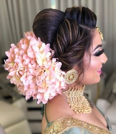 Floral buns never go out of fashion when it comes to a bridal hairdo. Keeping this in mind, we have curated a list of 10 gorgeous bridal floral buns that we spotted on real brides, check it out! Bridal Hairstyle Indian Wedding, Bridal Hair Buns, Bridal Hairdo, Indian Wedding Hairstyles, Indian Bridal Makeup, Hair Wedding, Indian Bridal Fashion, Bridal Photoshoot, Wedding Blog