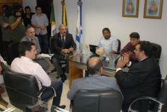 O Presidente da Câmara Municipal de Fortaleza, vereador Walter Cavalcante (PMDB), reuniu-se nesta quarta-feira, 2 de abril, com representantes empresas parceiras do Google Brasil.