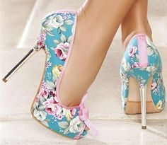 * Walking in Style * / Love the floral |2013 Fashion High Heels|