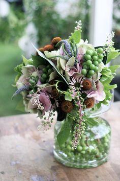 ぶどう/エセナチア/山牛蒡/ブーケ/花束/花どうらく/花屋/http://www.hanadouraku.com/bouquet