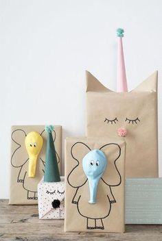 Here are the best DIY gift wrapping ideas for you to wrap the gifts for you friends and relatives on their birthday parties , wedding and for many celebrations! diy gifts Lovely And Unique DIY Gift Wrapping Ideas For 2018 Craft Ideas To Sell Handmade, Diy Gifts For Kids, Diy For Kids, Sell Diy, Gifts For Children, Ideas For Gifts, Present Ideas, Handmade Gifts For Him, Diy Gifts For Friends