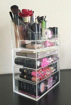 Amazing 40+ Fancy Make up Storage Ideas https://kidmagz.com/40-fancy-make-up-storage-ideas/