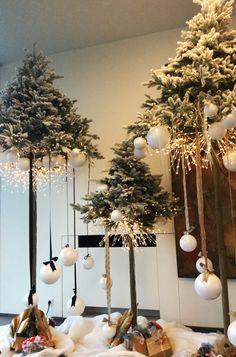 alternatieve kerstboom Christmas 2019, Christmas Diy, Merry Christmas, Christmas Decorations, Christmas Ornaments, Holiday Decor, Xmas Holidays, Christmas Background, Winter House