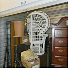 10x10. Furniture, Dresser, Household Items. #StorageAuction in New Castle (23). Ends Nov 23, 2015 7:55AM America/Los_Angeles. Lien Sale.