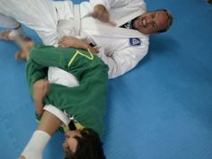 Simply the best martial arts academy on Okinawa for youth and adult Capoeira and MMA and Ladies Only Kickboxing.  This heartfelt article was written by one of the parents of our school who left here about a year ago. They still love the academy and we miss them as well.