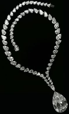 Taylor-Burton_Diamond_Necklace_1969