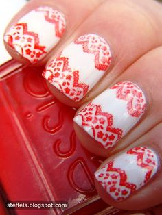lace pattern with essie - Christmas