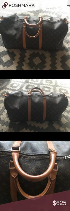 ♥️ Louis Vuitton Keepall 55 Authentic Excellent condition vintage 1984 keepall 55  842 date code with double zipper pulls.   Small scuffing on Vachetta on one of the corners. Please see pictures. Slight scuffing on the Vachetta on the bottom of bag.   Canvas is in wonderful condition.   Clean interior.   Zipper is in great shape and the handles are so light (shows little wear!)  This is such an awesome vintage bag and the condition is superb! ♥️she has gotten little to no use from me and…