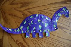 Paper Plate Dinosaurs - aren't they cute?   I Heart Crafty Things