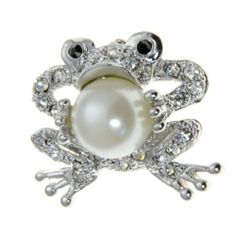 """Small Silvertone Frog Crystal Brooch Pin Fashion Jewelry PammyJ Brooch Pin. Save 42 Off!. $13.99. BRAND NEW. COMES IN FOIL GIFT BOX. GREEN RHINESTONES. GORGEOUS FOR GIFTS. MEASURES 3/4"""" WIDE"""