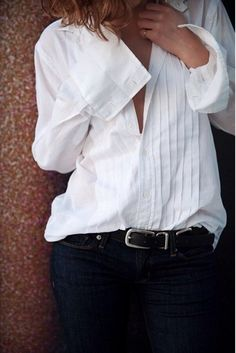 Pintucked white button down shirt, thin belt & black jeans