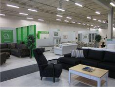 Suomalaisia kuluttajia ja heidän tarpeitaan varten suunniteltu huonekalumyymälä Laulumaa Kalustetalo on rantautunut Joensuun Raatekankaantielle kokeneen kauppiasyrittäjän Ari Liimatan johdolla. Laulumaa Huonekalut