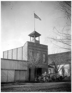 Merced's 1st Fire House (1885-1907), 1