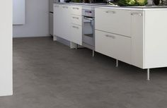 Betonlook pvc vloer. Home plus Flex - Concrete dark: Loose-lay pvc tegels (877) € 24,95  / m2 (incl. BTW)