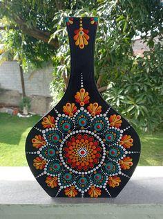 Mandala Art Lesson, Mandala Artwork, Mandala Painting, Mandala Drawing, Mandala Dots, Mandala Pattern, Mandala Design, Bottle Painting, Bottle Art