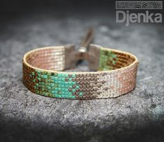 Loom Beading Crafts Loom Beading Crafts Related posts: loom beading tutorial DIY Woven Friendship Bracelet Using a Circular Cardboard Loom. Very easy, cool j… Cardboard Crafts Loom Bracelet Patterns, Bead Loom Bracelets, Bead Loom Patterns, Jewelry Patterns, Beading Patterns, Jewelry Bracelets, Beading Ideas, Seed Bead Jewelry, Beaded Jewelry