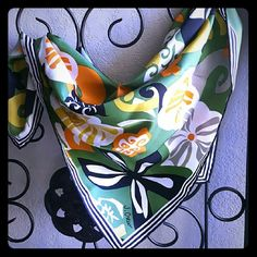 🎉HP 8/27/16🎉J.CREW  SCARF 🎉HOST PICK 8/27/16 CLASSIC CHIC🎉J.CREW PERFECT CONDITION 🚨PRICE FIRM-LIKE NEW🚨 LIKE NEW POSHMARK TAKES 20% OF SALE COMES IN J CREW BOX FLORAL DESIGN 100% POLYESTER COLORS BLACK /ORANGE/ LIME GREEN/WHITE LIKE NEW PERFECT SQAURE DESIGN 24 X 24 SOLD OUT! *VERY FUN AND CUTE!* *NO TRADES PLEASE* J. Crew Accessories Scarves & Wraps