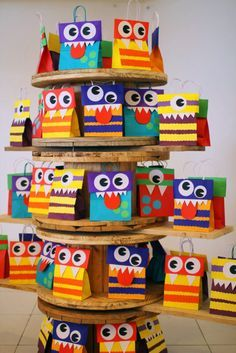 I always provide Birthday bags from the Birthday boy or girl. This is such a great way to carry the theme of the party home for your guests. Little Monster Birthday, Monster 1st Birthdays, Monster Birthday Parties, 1st Boy Birthday, First Birthday Parties, First Birthdays, Little Monster Party, Monster Inc Party, Birthday Souvenir