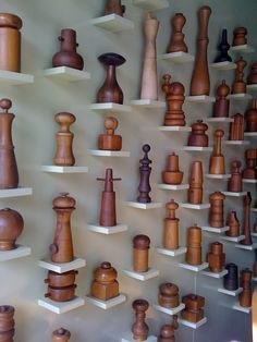 This is a awesome way to display a collections with little shelfs on the wall.Dansk pepper mill collection at the Sam Kaufman Gallery in LA Collections D'objets, Displaying Collections, Wooden Pepper Mill, Chaise Vintage, Kitchen Tools And Gadgets, Kitchen Collection, Wood Turning, Vintage Kitchen, Wabi Sabi