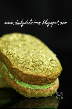 dailydelicious: Green tea Dacquoise: Delicious sandwich cookies